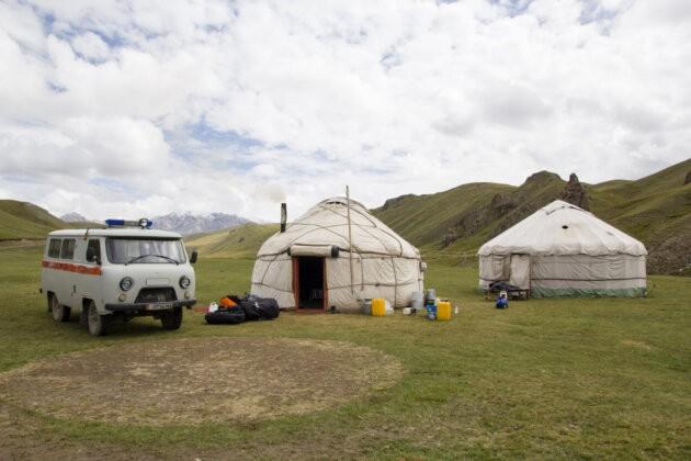 18 Jurty Kyrgyzstan