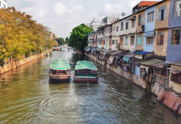 Thajsko Bangkok kanál lodě