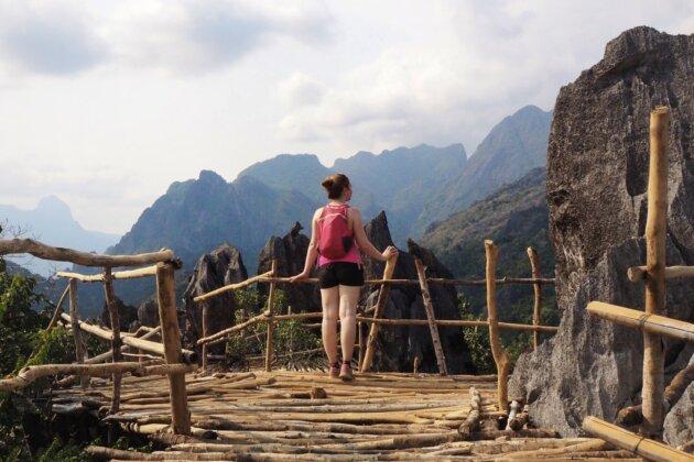 Laos Vang Vieng vyhlídka