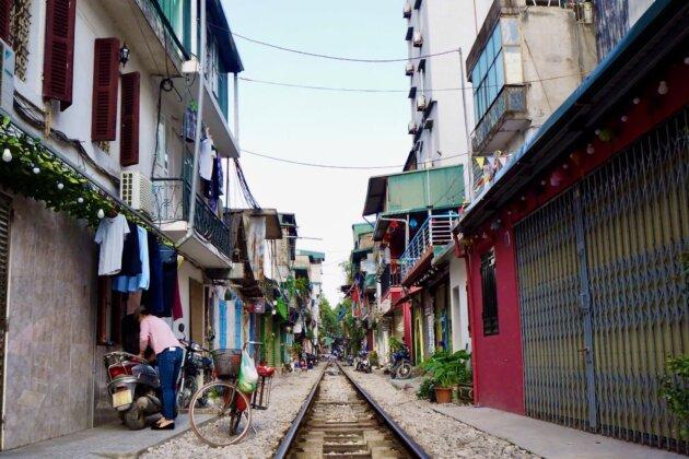 Vietnam Hanoj Train Street