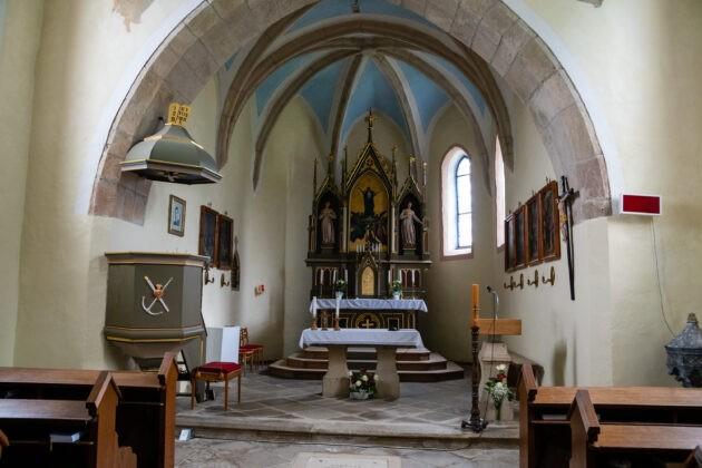 72 Cihost Kostel