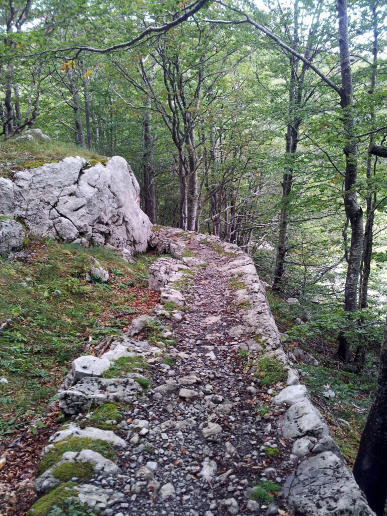 Premužičova stezka Velebit Chorvatsko