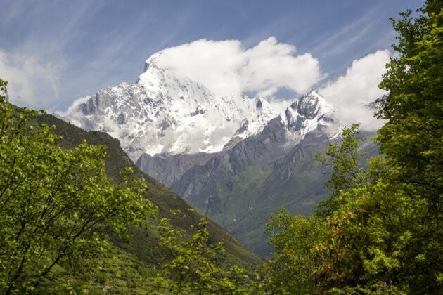 Four Sisters Mountains čína