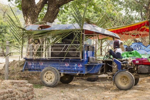 24 Thyngian Songkran Vodni Festival