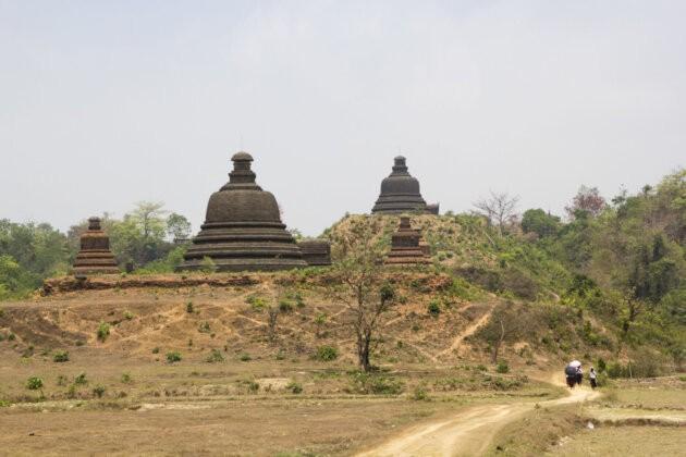 pagody mrauk u Thyngian Songkran Vodni Festival