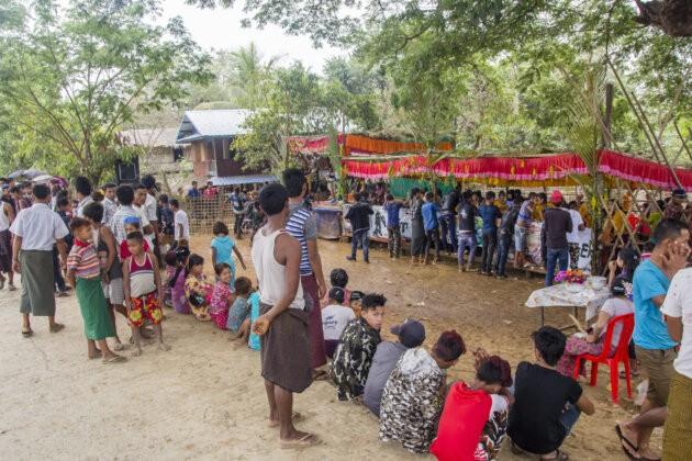 39 Thyngian Songkran Vodni Festival