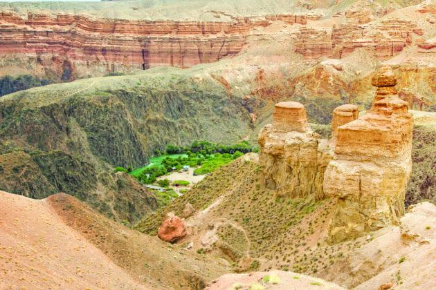 30 Charyn Kazachstan Castles