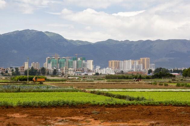 vystavba Fuxian Jezero Cina