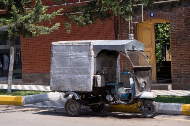 azerbajdzanske poulicni vozidlo