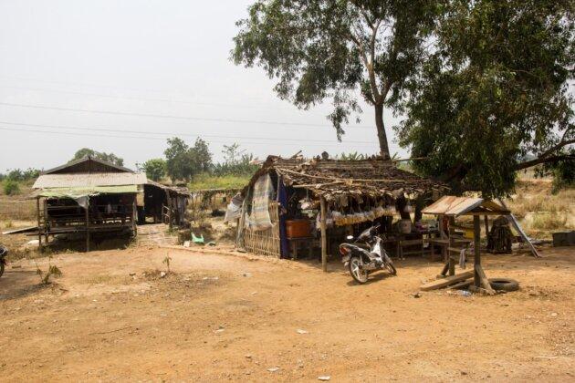maly obchudek v myanmaru
