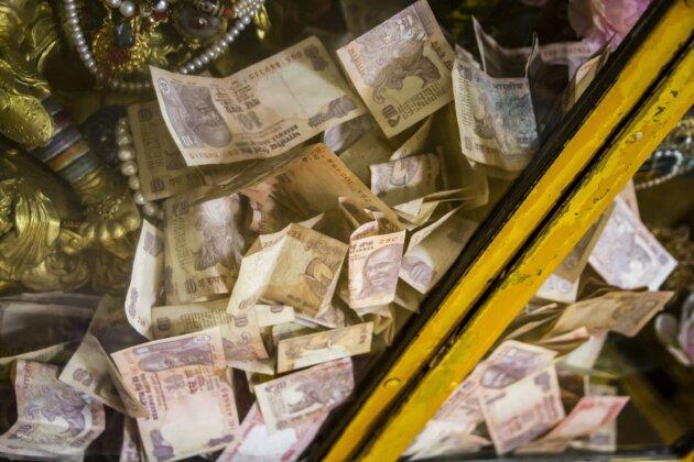 hromada penez rupie