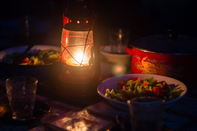 Zatisi Lampa Jidlo salat