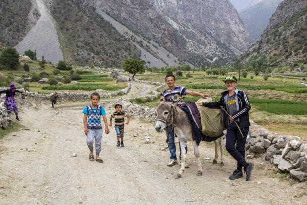 13 Tadzikistan Deti