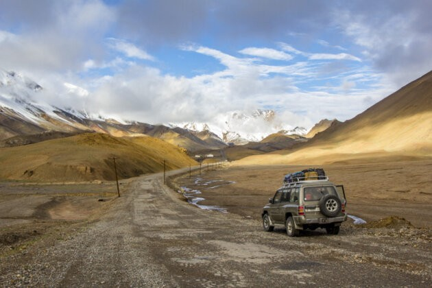 40 Tadzikistan Doprava pamir highway džíp