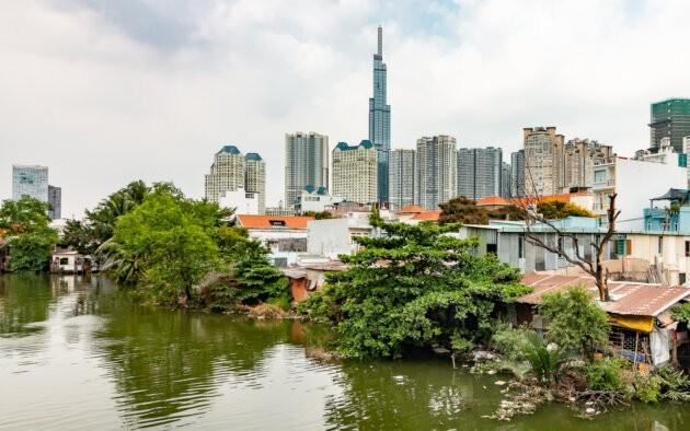Vietnam Saigon Vinhomes Slum