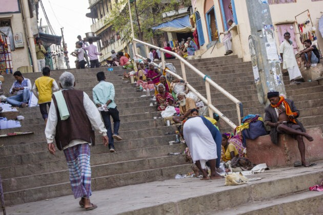 Varanasi Indie Zebraci schody